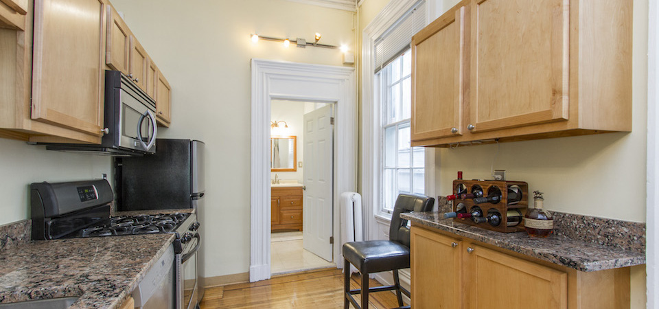 1625-Spruce-Street-Unit-2R-Resized12